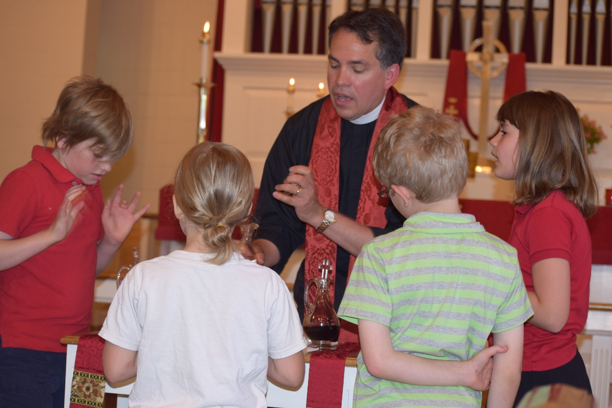 Children's Eucharist Red