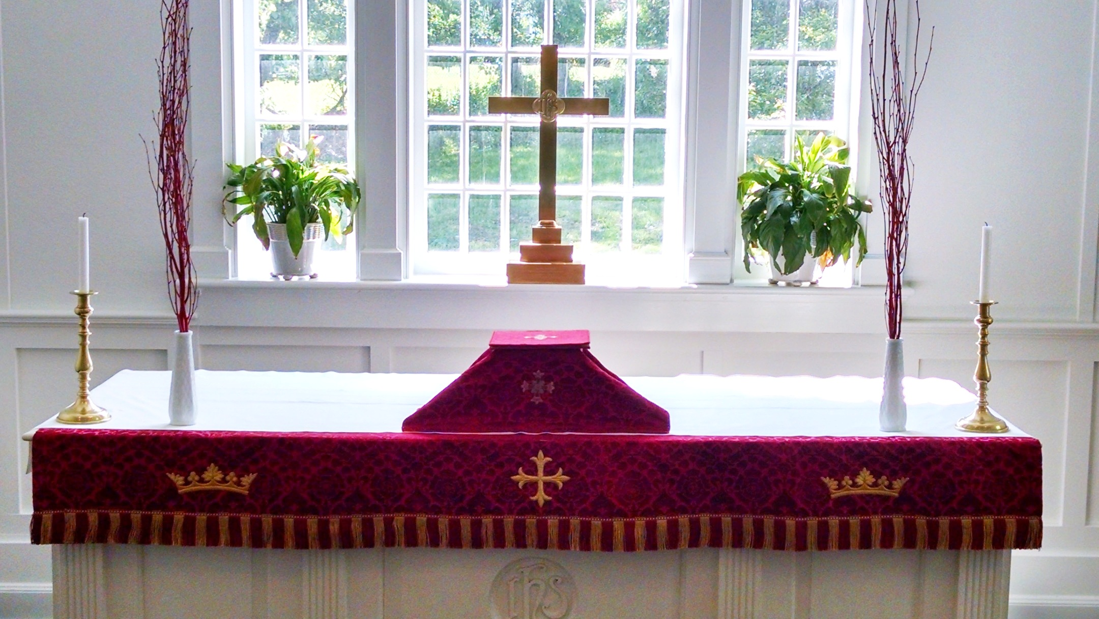 Chapel Altar -Red